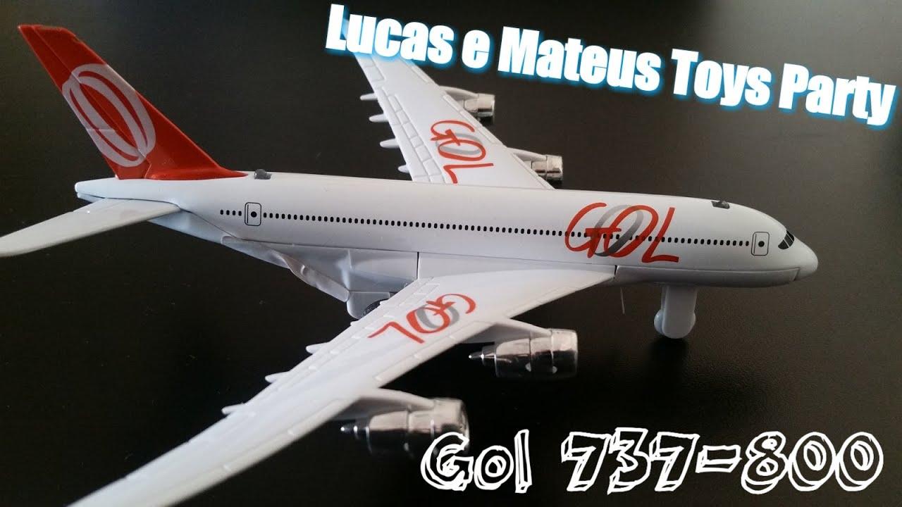 Avião da gol brinquedo miniatura   #6E2920 1600 900
