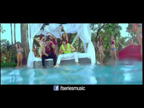 Aaj Blue Hai Pani Pani Pani Pani....! Singer Oy Oy Honey Singh & Neha Kakkar video
