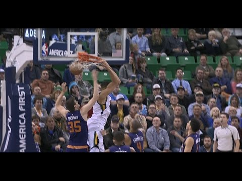 Rudy Gobert Seals the Game with a Reverse Alley-Oop | 12.06.16