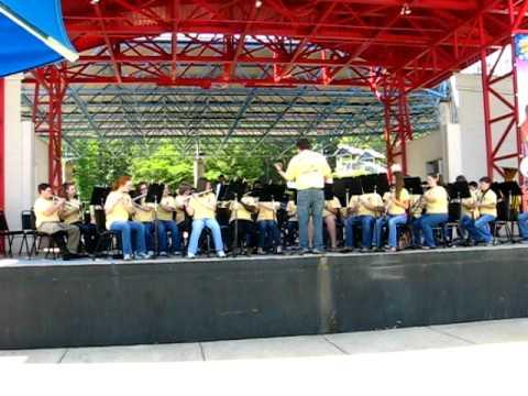 Maddox Middle School Band @Alabama Adventures 008.AVI