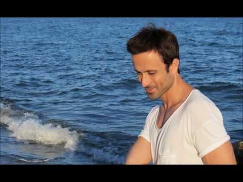 Преглед на клипа: Konstantinos Xristoforou - Kalimera