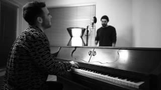 """download lagu """"versace On The Floor"""" - Bruno Mars Cover gratis"""