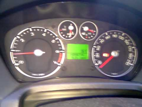 Ford Fiesta MK-6:  After cold start.mp4