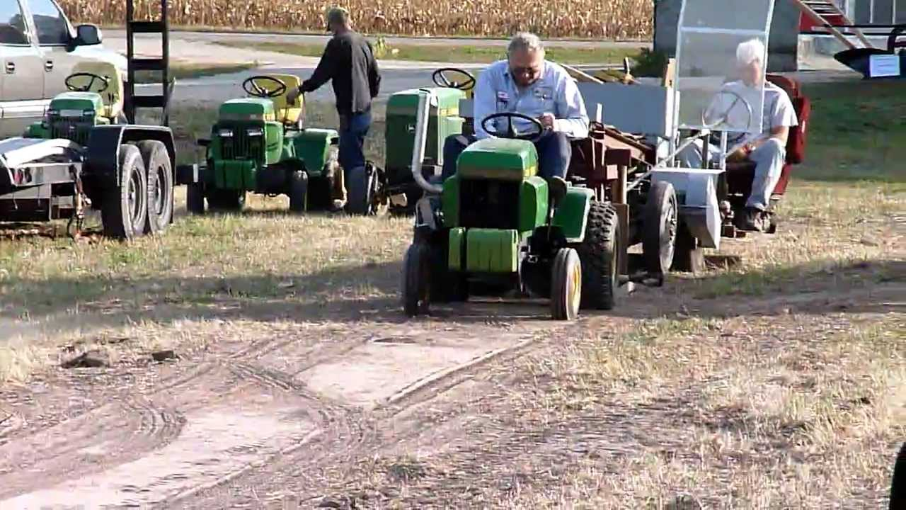 Watch likewise Hoss fly v8 barstool from boss hoss with a custom further Watch together with Repower John Deere420 additionally 1050k ft4. on john deere 332 engine