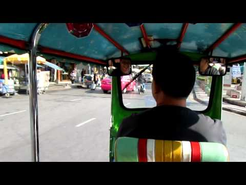 Our first ride in a Tuk Tuk!