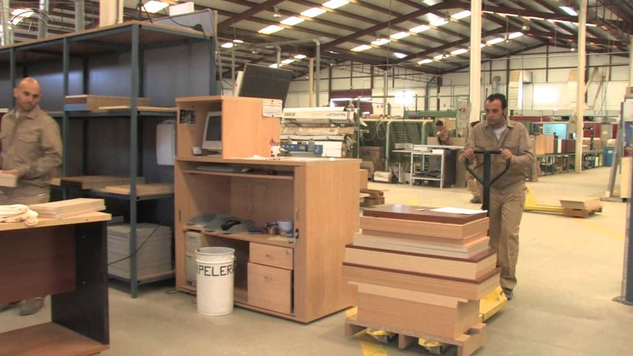 Prl fabricacion muebles madera youtube for Fabrica muebles madera