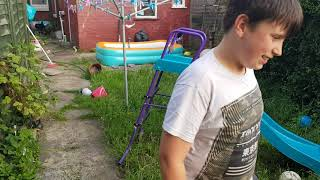 Funny moments backgarden (Vlog) (Pranks and Dares)
