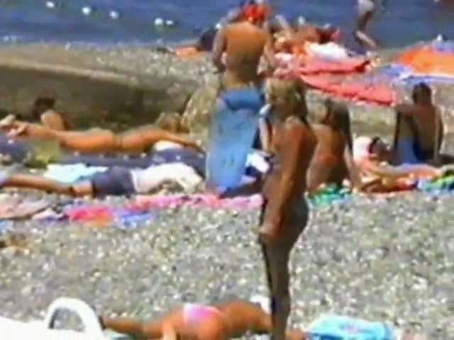 Посмотреть ролик - Adler Beach, sea & enbankment - Набережная Адлера, п