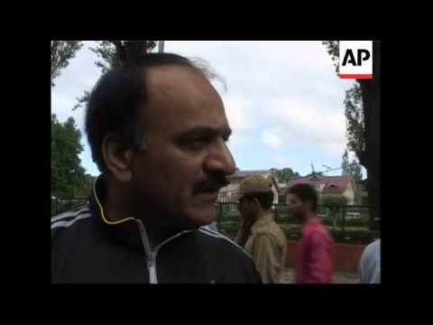 High winds lash Srinagar, plunging city into darkness