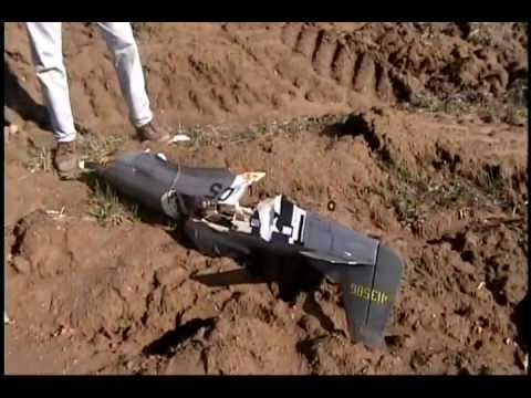 Crash of a Top Flite P-51 60 with a DLE 20