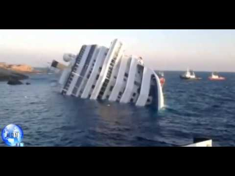 Cruise ship Costa Concordia Crashed in to a rock [WDN]