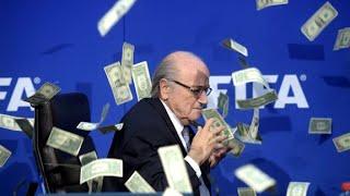 Komiker beschmeisst Fifa-Chef Sepp Blatter mit Geldscheinen