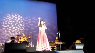 download lagu Shreya Ghoshal - Lag Ja Gale, A Tribute To gratis