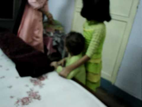 Chotu Manu Deepak Preeti Enjoy Jeene Ke Hai Char Din On 11-jun-05 video