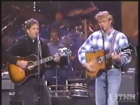 Bo and Luke Duke sings The Dukes of Hazzard theme song (1993)