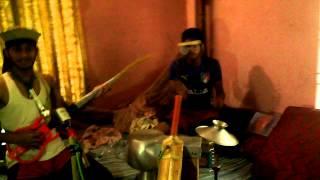 akash ta kapsilo kn........funny video of dhamrai boys
