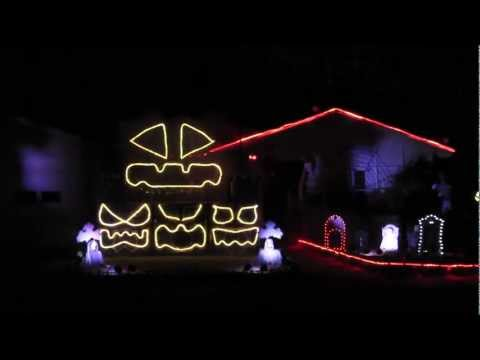 "2011 Halloween Light Show: ""Bohemian Rhapsody"""