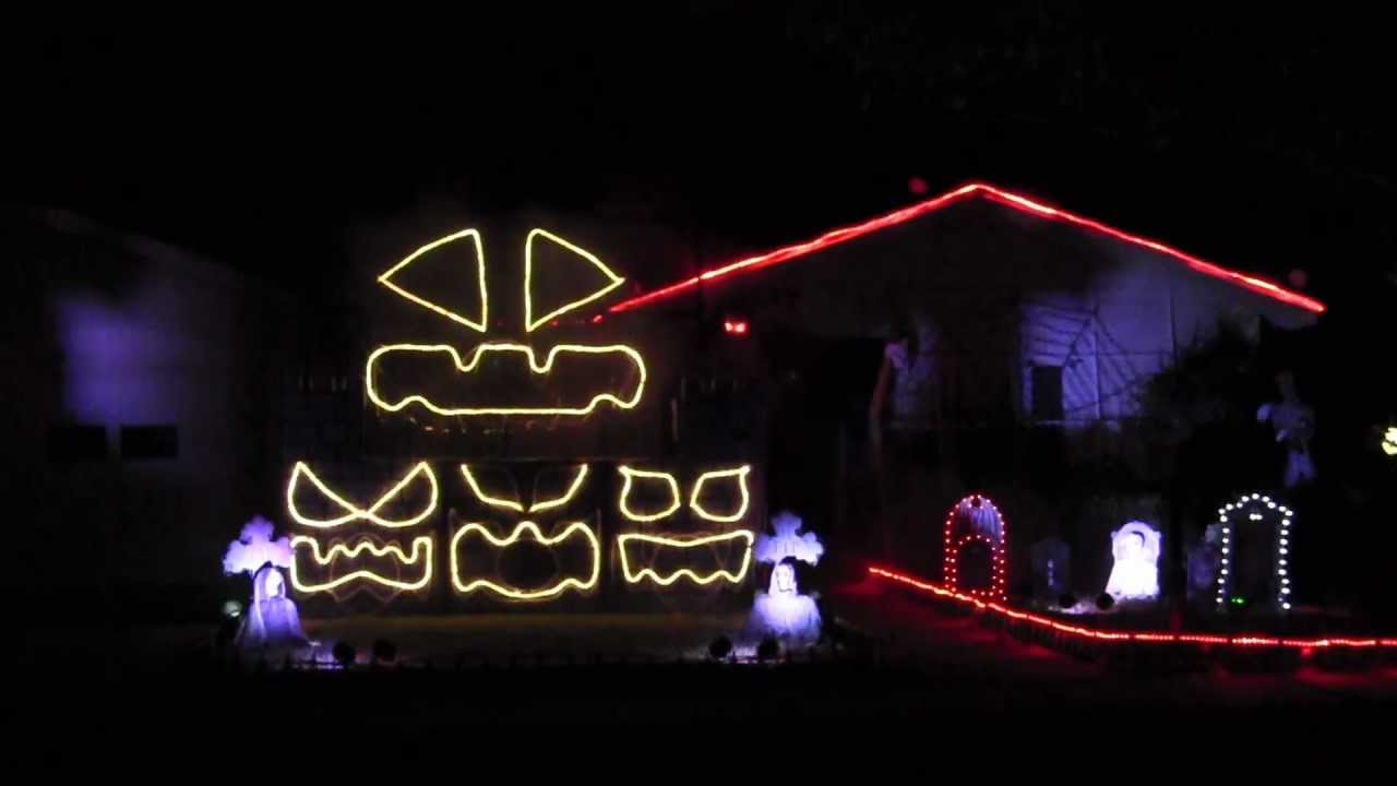 2011 halloween light show bohemian rhapsody youtube - Halloween laser light show ...