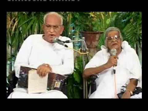 Ashcharyame ithu aaral varnichidaam [Malayalam Christian Song]