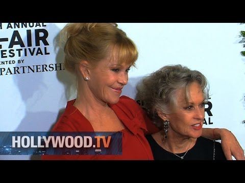 Tippi Hedren and Melanie Griffith on the red carpet - Hollywood.TV
