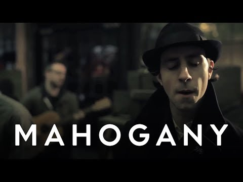 Maximo Park - Reluctant Love (Acoustic) // Mahogany Session