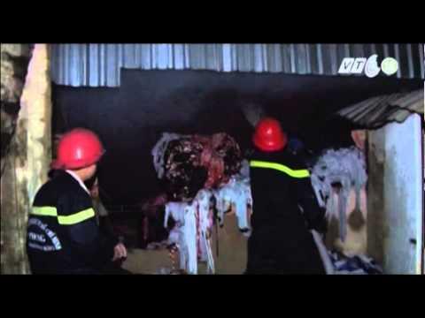 Vtc14 tp Hcm: Cháy Lớn Kho Chứa Bông Vải video