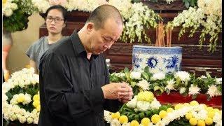 Thành Lộc, Quyền Linh và các nghệ sĩ ...kg khí trầm buồn tại lễ viếg Anh Vũ