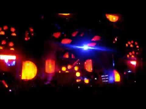 Avicii - All You Need Is Love ['Lunar' Version, Premiere @ UMF 2012]