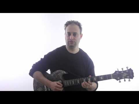 Guitar Lick in the Style of Slash - Lead Guitar Lesson