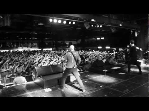 Trivium // Watch The World Burn (OFFICIAL VIDEO)