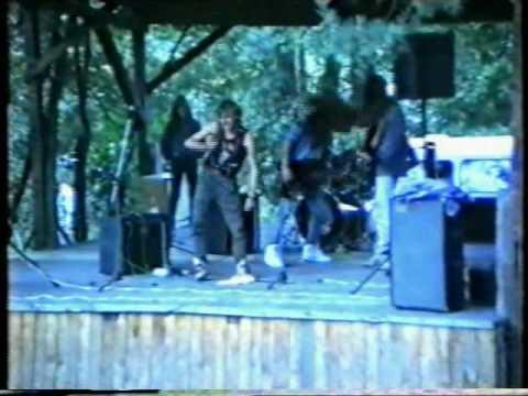 Zlot Chorągwi Warmińsko-Mazurskiej - Wydminy 25-27.09.1992 (6) Koncert Rockowy