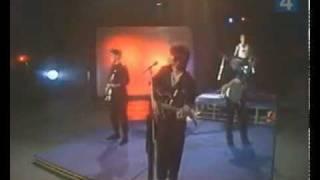 Клип Кино - Печаль (live)