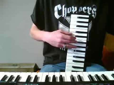 how to play melodica songs