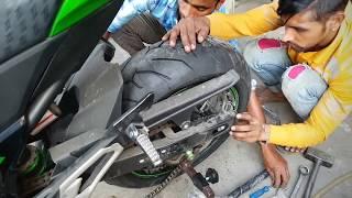 Kawasaki Z800 Rear Tyre Replacement (180/55 zr17 Pirelli)