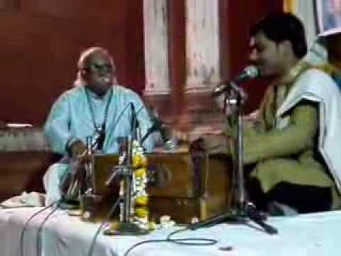 Varanasi Concert 2013 ( Ambe Ma ya,... )