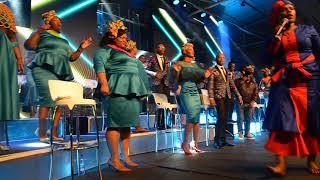 Sphumelele Mbambo - Joyous Celebration 21: Yehla Moya