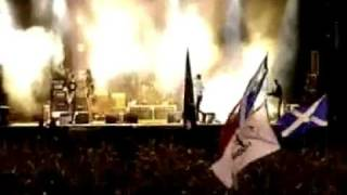 Kasabian LSF  live ( T in the Park 2007 )
