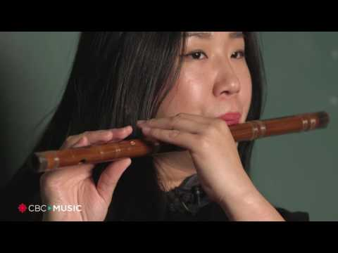 Intro Bamboo Flute Lesson with Dora Wang