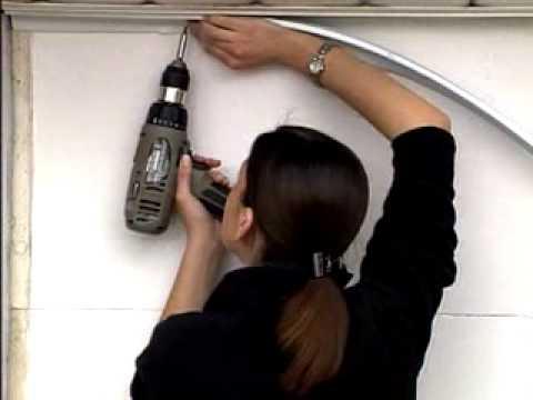 Installation de coupe froid pour ensemble de porte de - Kit isolation porte garage basculante ...