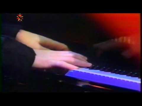 Elton John - I Know The Truth
