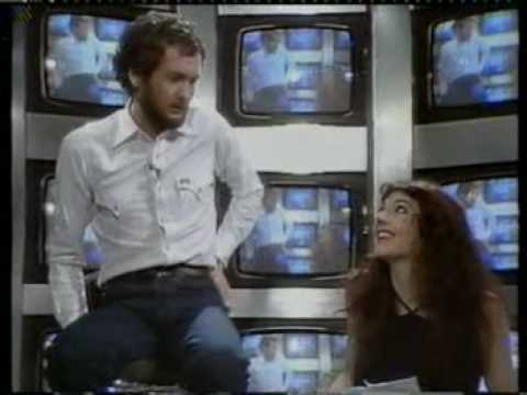 Kenny Everett interviews Kate Bush