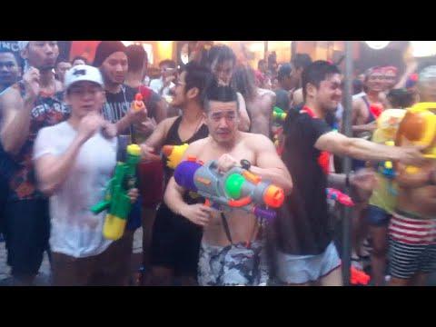 สีสันสงกรานต์ ถนนสีลม SONGKRAN FESTIVAL 2015 [Silom] (VDO BY POPPORY)