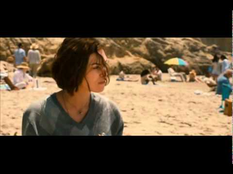 Seeking a Friend for the end of the world - Beach Scene