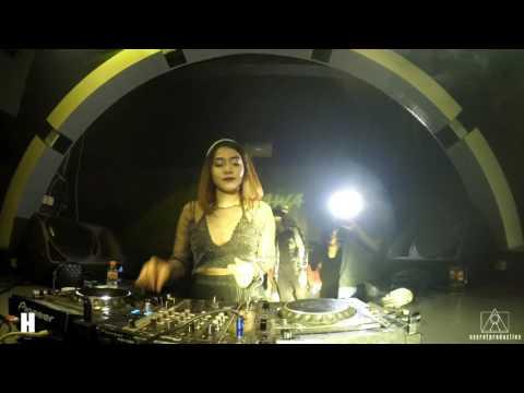 DJ Dhawa Live At Hollywood Bar Bandung
