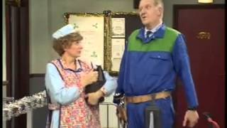 BBC Dinnerladies  S2E5   Gamble Comedy)