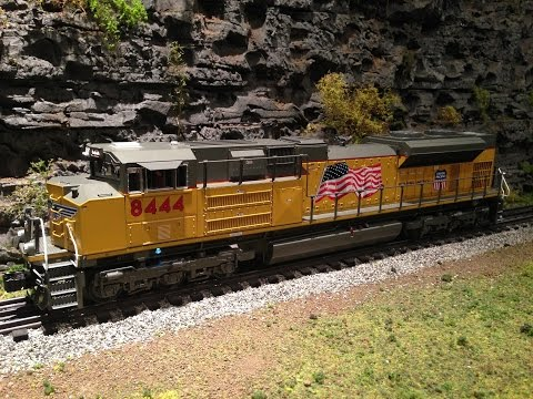 GoPro Train Ride - Lionel Legacy Union Pacific SD70ACe #8444