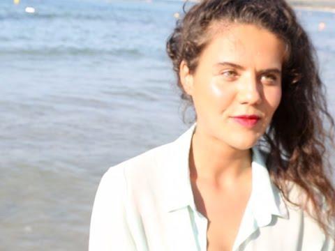 Tuto make-up : une bouche fruitée en été