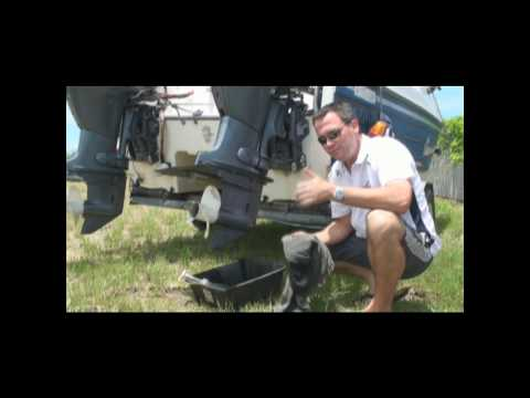 How to Change Outboard Motor Gearbox Oil   Yamaha