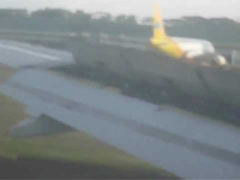 Philippine Airlines A320 Landing in Puerto Princesa Airport