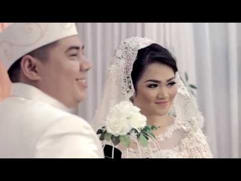 download lagu Kamu Yang Kutunggu Afgan Feat. Rossa / ARO & TITI WEDDING gratis